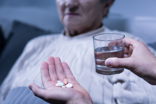 Alzheimer's Care: Tips to Encourage Medication Adherence